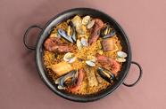 魚介類のコクと旨味のつまった『海の幸のパエリア』