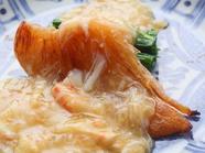 時期によって変わる「あん」も楽しみの一つ『ふかひれステーキ 水菜・毛ガニあんかけ(料理一例) 』