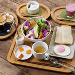 朝8:00~10:00まで。『茶蔵坊モーニングセット』