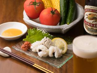 地産地消を大切に、地元産の新鮮な魚や野菜をふんだんに使用