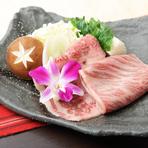 東京で生育される幻の黒毛和牛『秋川牛のすき焼き』