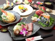 『すき焼き』だけでなく、握りにも登場する「秋川牛」。炙りにしてあるお寿司は、柔らかさも旨みも抜群です。