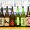 日本酒は地酒中心の取り揃え、赤いダルまが目印の『じょっぱり』