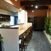 個室、カウンター席、テーブル席、様々な集まりに