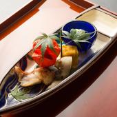 地物の旬の魚介と全国の旨い野菜で織りなす月替わりの懐石料理