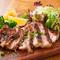 極上の美味しさが味わえる『三河豚のロース 西尾の豆みそソース炭火焼き』