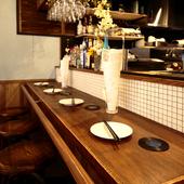 居心地のいいカウンター席は、一人のお客様にも好評のスポット