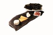 チーズとチャンジャと韓国のりの相性抜群!ワインに、箸休めに。