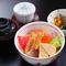 色とりどりの食材が楽しめる『海鮮丼』