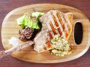 柔らかい肉質と甘い風味が特徴のハラミステーキ!ガッツリ200gのステーキです!(写真は100gです)