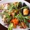 旬の魚をはじめ、肉、野菜、スイーツをアブク流のアレンジで