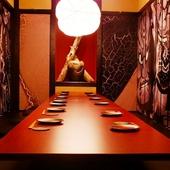 さまざまな人数や用途に対応できる、雰囲気抜群の個室ばかり揃う