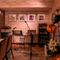 店内の小さなスタジオは、ソロライブにも最適なスペース