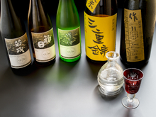 G7伊勢志摩サミットでも供された三重産の日本酒が豊富に揃う
