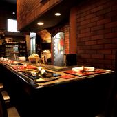 料理人の技のライブ感など日本料理の魅力をトータルに楽しめる
