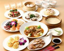 大エビや牛ヒレ肉など高級食材の旨味をたっぷり堪能できる華やかなコース。会食や宴会などにご利用頂けます