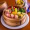旬の食材の美味しさを実感できる『季節野菜とベーコンの温サラダ』