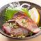 富山湾から直送で脂の旨みと身の締まりが最高の『ブリの炙りポン酢』