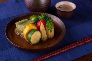 季節に合わせて各地から取り寄せる『旬の野菜』