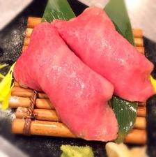 上等な厚切り肉を贅沢にご飯と食べる『ヘレ飯』