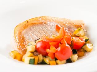 食材から調味料まで地元の味『秀麗豚の三河ガストリックソース』
