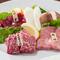 お肉本来の旨味を、じっくり味わえる『小形牧場牛 味くらべ』
