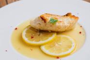 プリプリきのことSPF豚を使った絶妙な塩加減『吉野産きのこ&自家製パンチェッタのピッツァ』