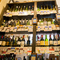 豊富な種類の中から、来店客が自らセレクトするワイン
