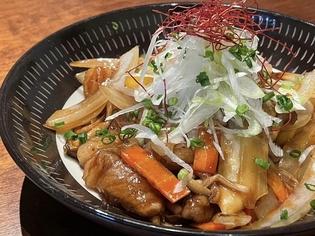 北海道旭川産の白もつや無農薬野菜、ジビエなどを使用