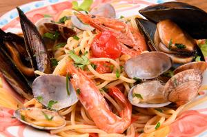 ナポリ風魚介類の旨味たっぷりソース『フッルティディマーレ』
