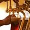 日本各地から取り寄せた、職人醸造のクラフトビール。
