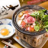 広島県産の牛肉と玉ねぎ、トマトを使用。和牛の旨みを引き立てる玉ねぎの甘みとトマトの酸味が絶妙です。締めにはチーズをたっぷり入れたリゾットで。