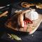 無添加、生のフレッシュなお肉を使った肉汁たっぷりの『ソーセージ5種盛合わせ』