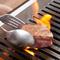数々の肉料理に合うワインが、豊富に幅広くセレクトされている