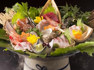 季節と鮮度にこだわり、厳選した食材を丁寧に調理