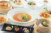フカヒレとタラバ蟹の極上スープ、香港1997特製酢豚、さらに店内手包み香港点心2種が楽しめるコース