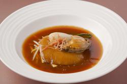 【+3000円で2時間飲み放題】 フカヒレ・鮑・廣東ローストダック…香港1997一押しのお料理をフルコースで。
