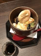 【人気メニュー】黒糖(手作りソース!)をかけて食べる、和のスイーツの豪華共演!『和パフェ』
