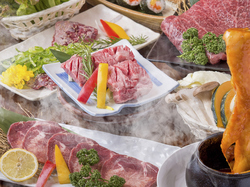 1日3組限定!旬野菜を使ったおつまみをはじめ、厳選牛・豚・ホルモンなど全42品で構成されたコース。
