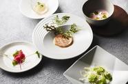 5つの味が楽しめる贅沢な前菜『カクテル・ド・ポッシュ』