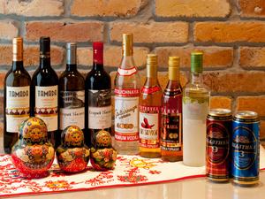『ウォッカ』や『ジョージアワイン』。珍しいお酒で心躍る夜を
