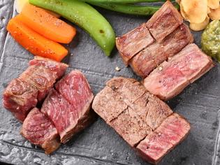 様々な牛肉から選び抜いた『平取牛のサーロインステーキ』