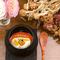 ブラータチーズ トマトとバジルのエキス エディブルフラワー