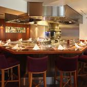 五感を刺激する、大人の隠れ家的な食の空間