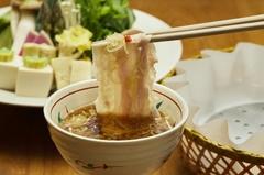 京都の夏の風物詩「鱧(はも)」 鱧とブランド豚美湯豚を、名物出汁しゃぶで食べ比べて頂ける期間限定コース