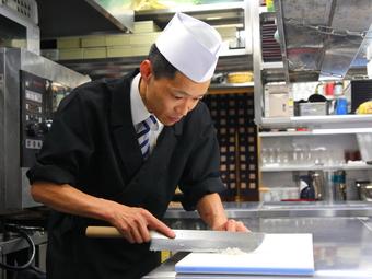 お客様の笑顔のために、心を配った料理でおもてなし