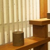 料理に合う日本酒を全国の蔵元から選りすぐり。季節感を映す酒も