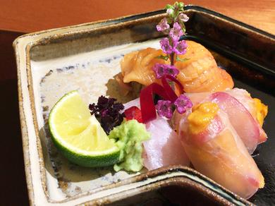 日本全国の最旬の魚介を艶やかに楽しめる『お造り』