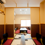 2階には、4名・6名の個室があり。繋げれば15名様までOK。2016年5月にOPENしたばかりの真新しい空間が気持ちいい。接待や顔合わせなら5,800円のコースがおすすめ。お寿司が8貫もついて大満足。