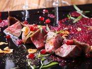 ミディアムレアの柔らかなお肉を楽しむ『A5ランク黒毛和牛のステーキ(本日の肉料理)』